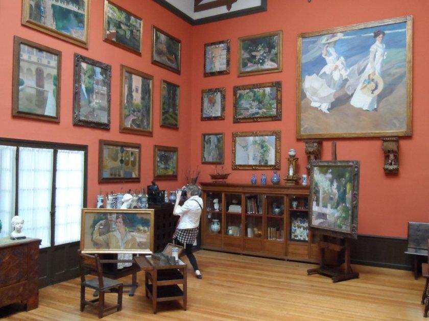 Room inside Sorolla Museum