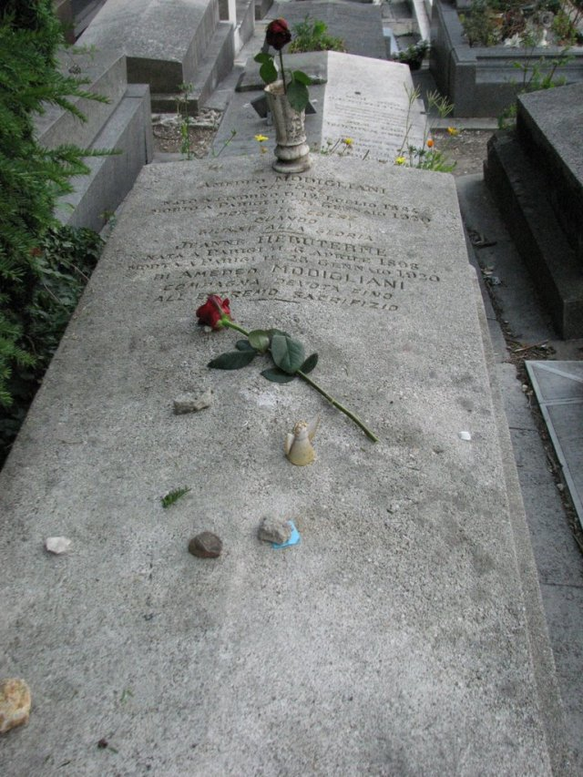 Amedeo Modigliani and Jeanne Hébuterne's  grave at Piere Lachaise Cemetry Paris