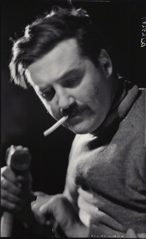 Photo of Eric Kennington by Howard Coster (1936)