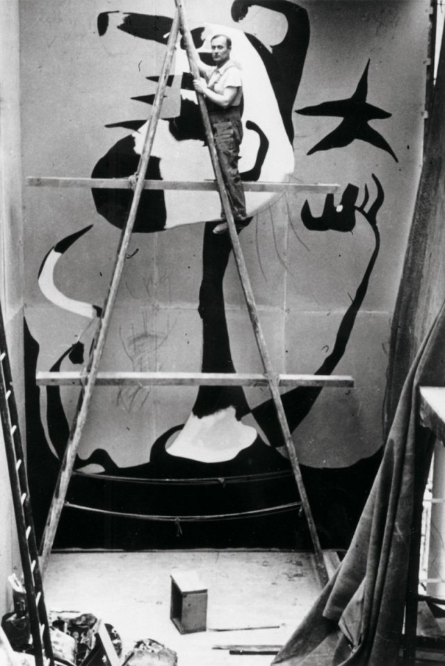 Joan Miró working on The Reaper