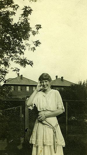 Alice Neel aged 17 (1917)