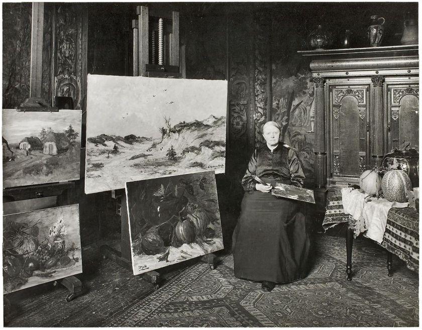 Sientje van Houten-Mesdag in her studio (c.1903)