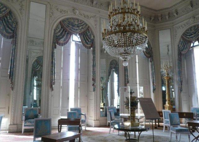 Inside Le petit Trianon